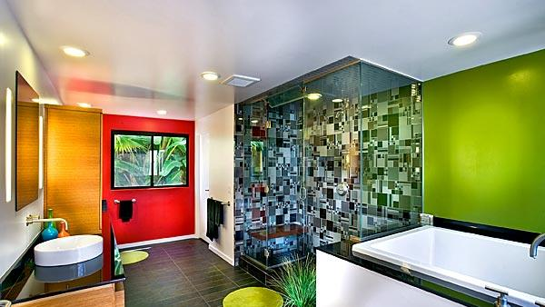 Bright bathroom colors in 1970s international style home